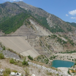 Akhelöos: the useless dam at Mesokhora